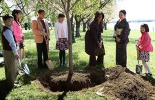 """""""This is where I am going to bury the U.S. flag."""""""